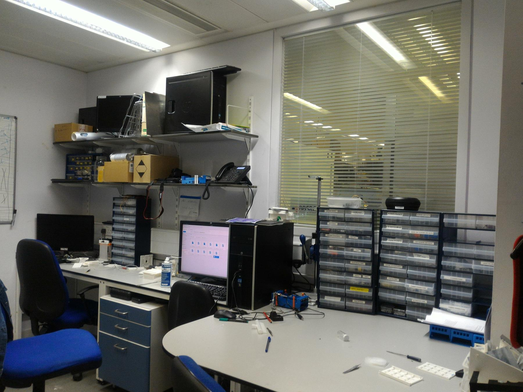 Another view of the hackspace (in unusual pristine and not messy conditions)